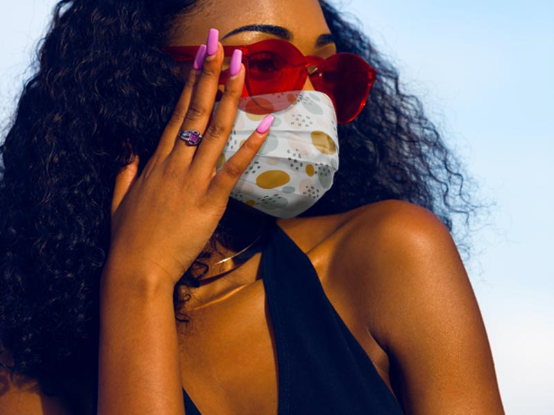Black-woman-with-mask-on-(800-x-600)